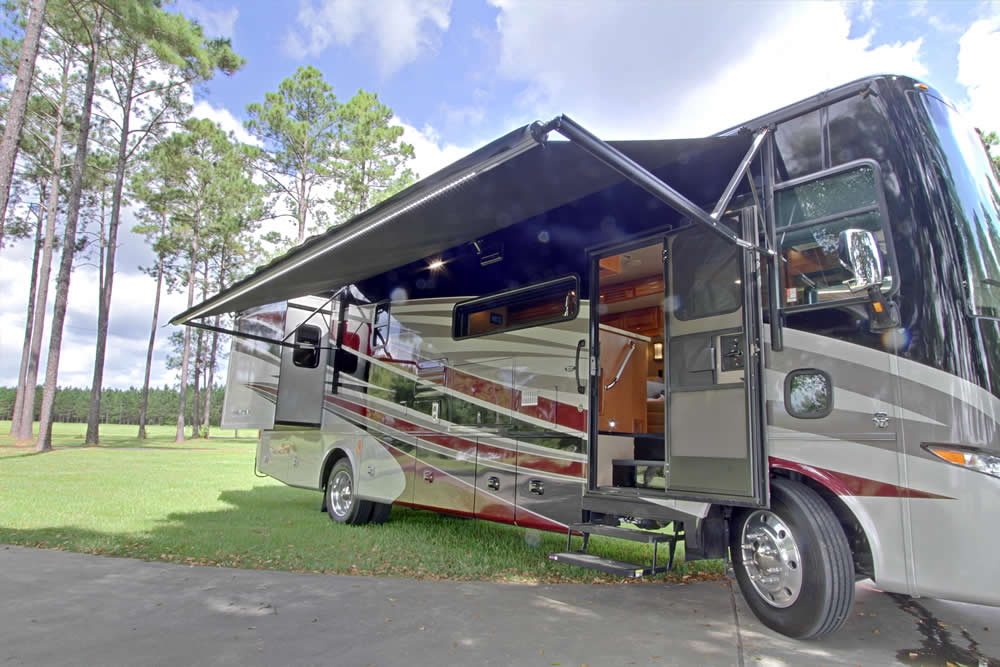 Exterior - slide and awning extended